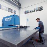Stanzen Nibbeln Blechzuschnitt Metallverarbeitung Metallbearbeitung Lohnfertigung Chemnitz